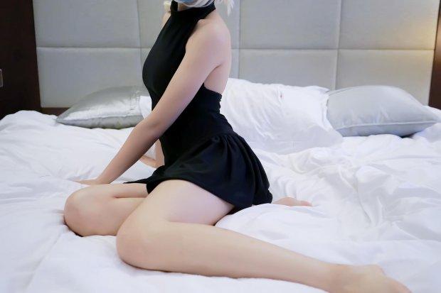 204.少女映画-黑saber泳装