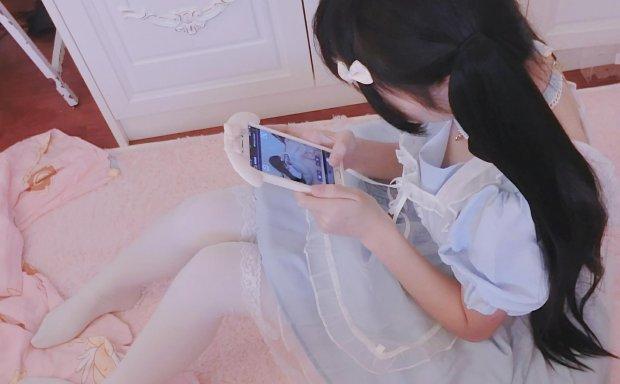 「工口小妖精」萝莉女仆+萝莉妹妹(65P 141M)